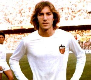 Reportaje sobre Ricardo Arias. Capitán y leyenda eterna del Valencia CF (25-04-19) 1