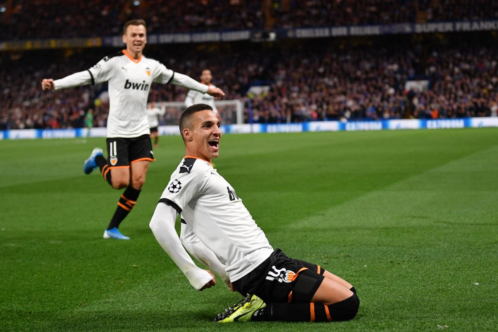 El Valencia CF olvida los dramas y da un paso al frente en Stamford Bridge (Crónica 0-1) 3
