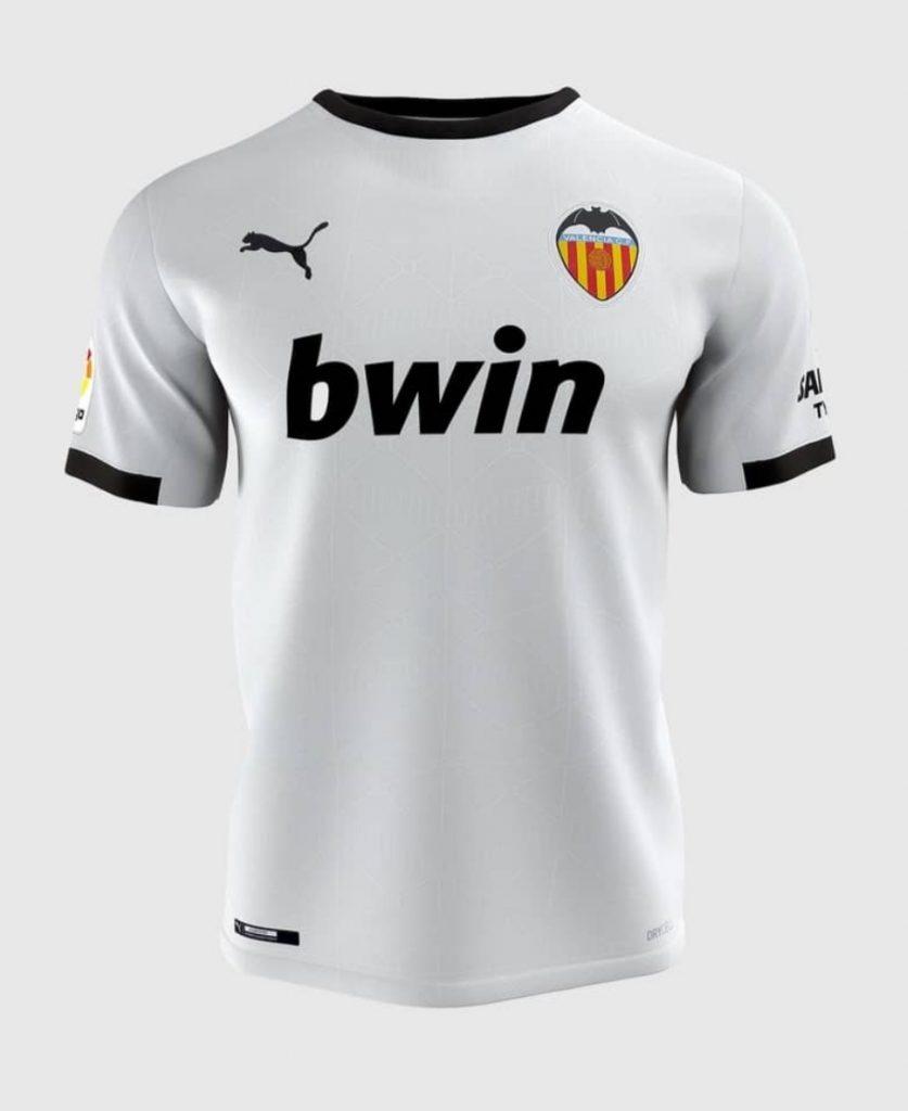 Presentación oficial de las camisetas del VCF y PUMA para la temporada 2020/2021 (Incluye Vídeos) 4